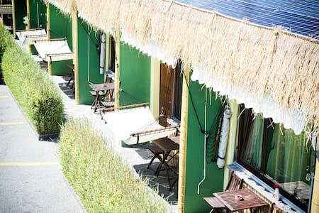 Sun...Fun...Ticino...!  Motel Riazzino - Riazzino