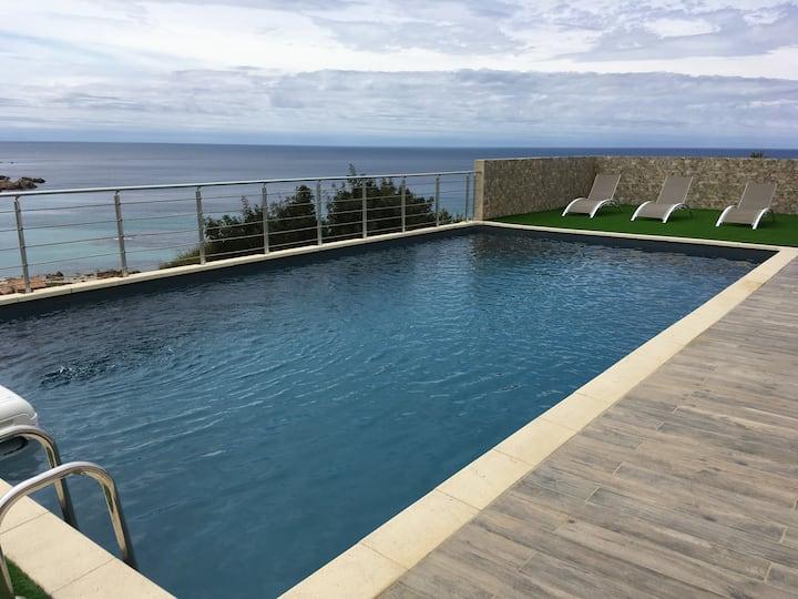 Spacieuse villa avec Piscine Tizzano, Corse