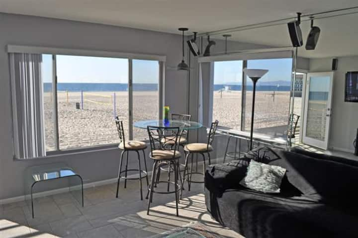 "Awesome ""ON THE STRAND"" Beach Property"