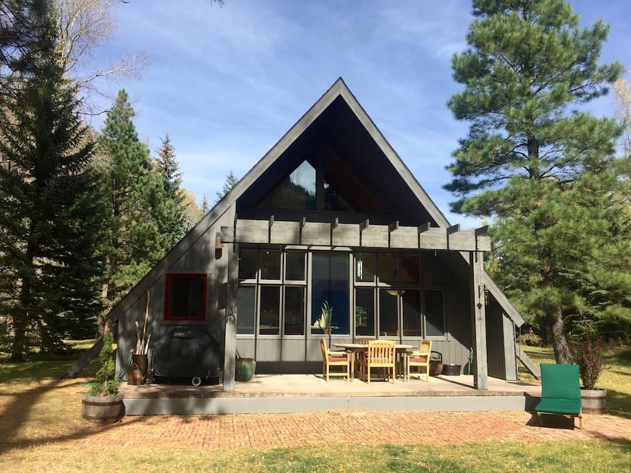 Cozy riverside cabin a fisherman 39 s paradise cabins for for Cabins for rent near glenwood springs