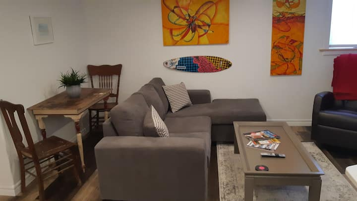 NEW Clean and cozy basement apartment