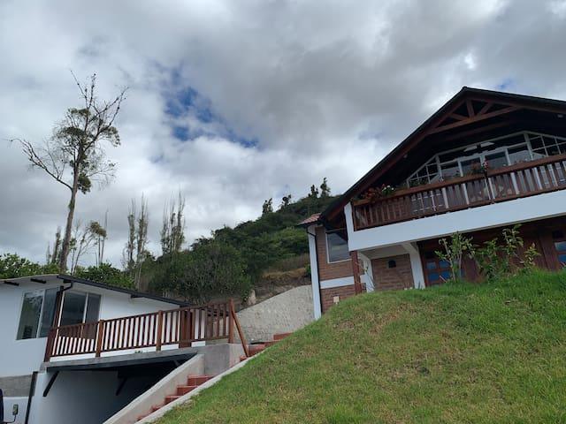 Finca Miraflores ( Casa Vista hermosa )