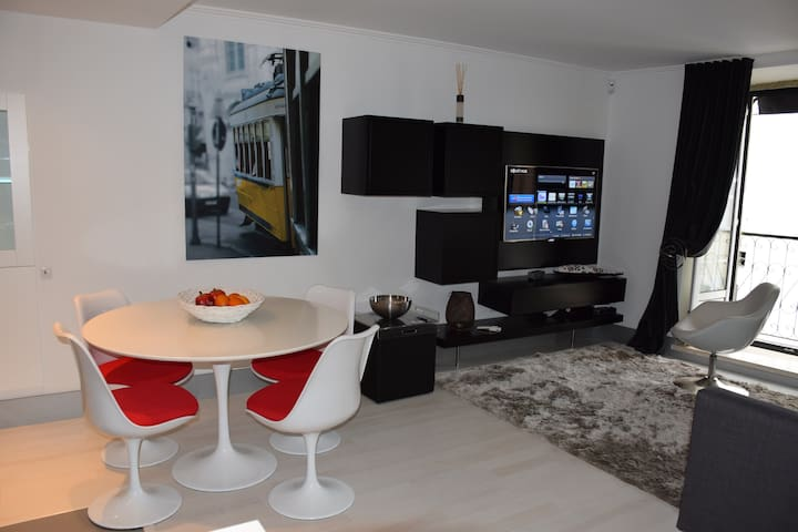 Best Location, Modern Apt - Chiado