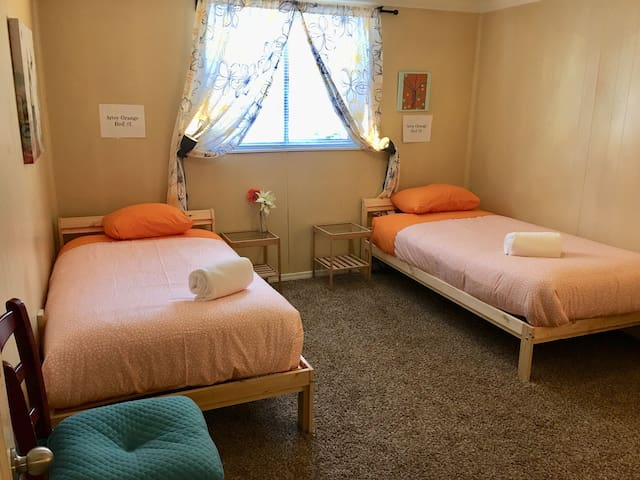 The Artsy Orange Room Shared and Coed - Bed #1