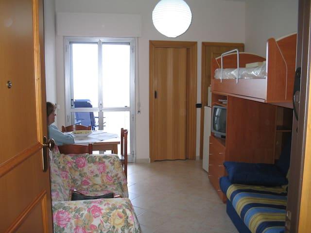 Antonella's House 3 …sulla spiaggia - Marina di Vasto - Byt