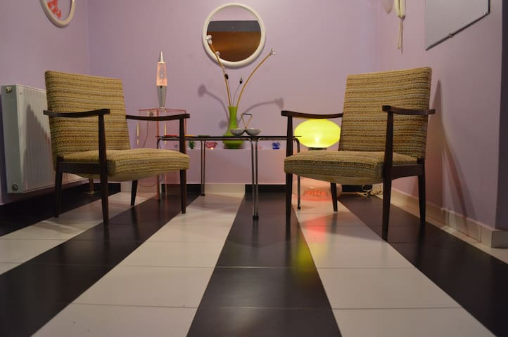 Funky apartment in swinging Exarcheia