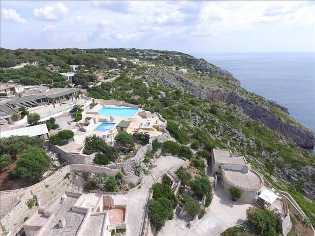 Bilo Emy - lovely house in a pool residence