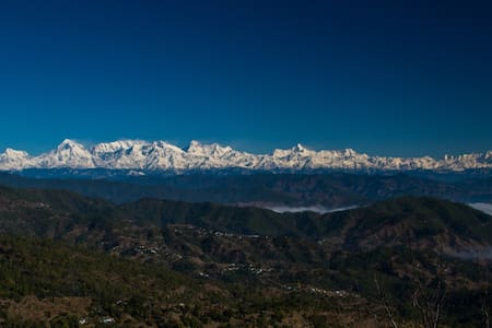 The best Himalayan view home stay near Ranikhet