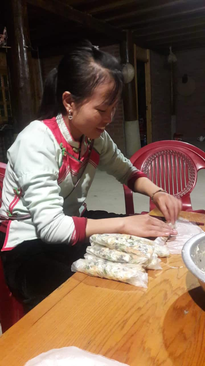 Sapa lyly local hmong homestay