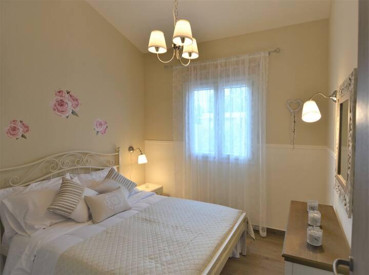 Olympia's Cozy Apartment C