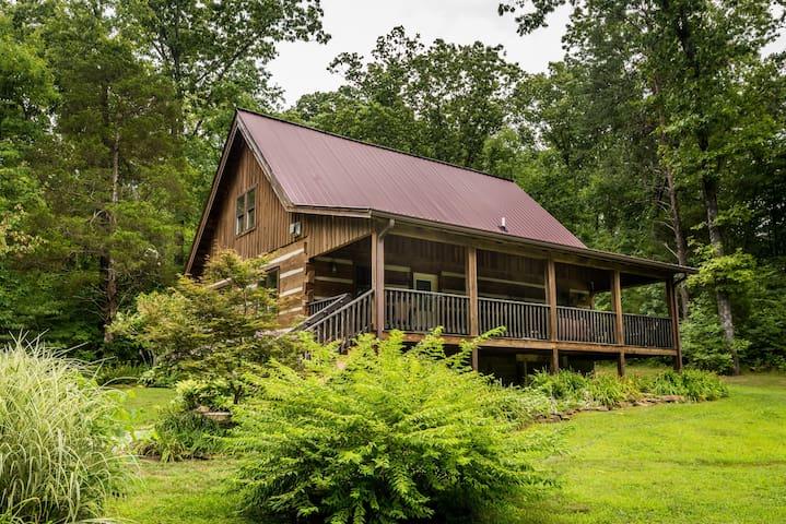 Boondock Vacation Log Cabin