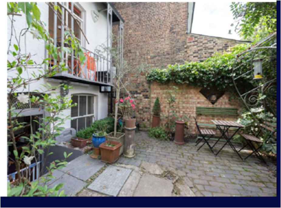 Shared garden with flat downstairs - accessed from balcony and front of house