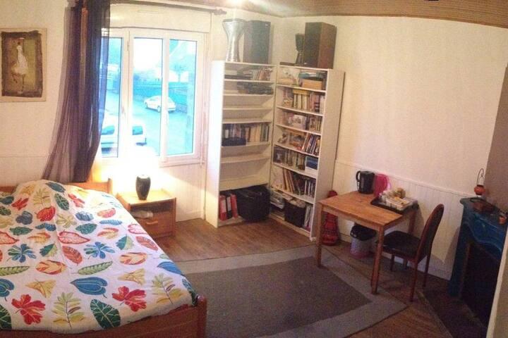 Chambre privée,5' des plages, 7' de Lorient centre