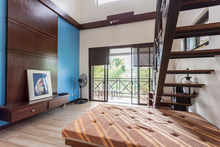 Spacious room with loft for rent near UPLB w/fibr