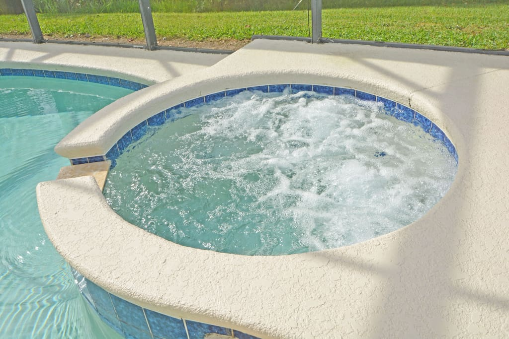 Jacuzzi,Tub,Pool,Resort,Swimming Pool