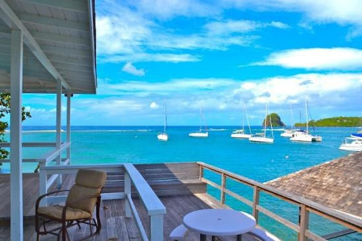 Luxury Dock Cottage - Grenadines - Vila