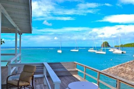 Luxury Dock Cottage - Grenadines