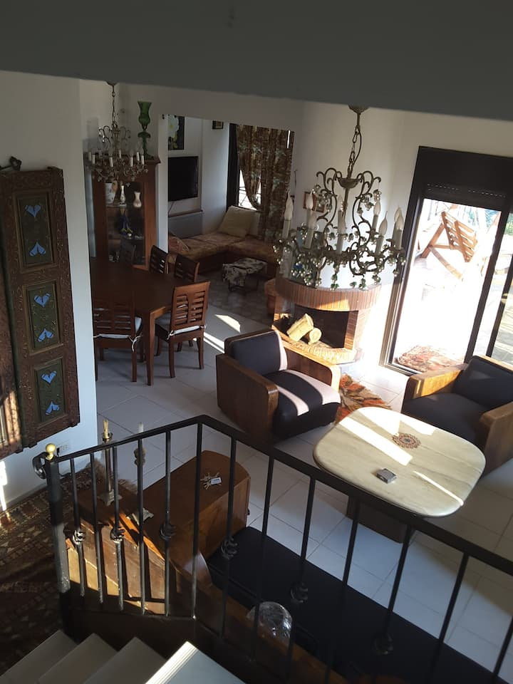 Fully furnished and spacious duplex