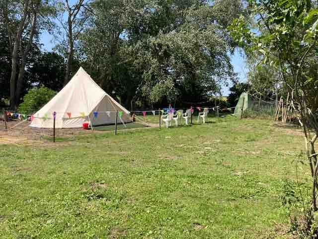 Farm stay with animals in a fab bell tent Private