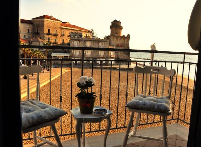Casa Laura Beach&Town Apartment// - Santa Maria - Apartemen