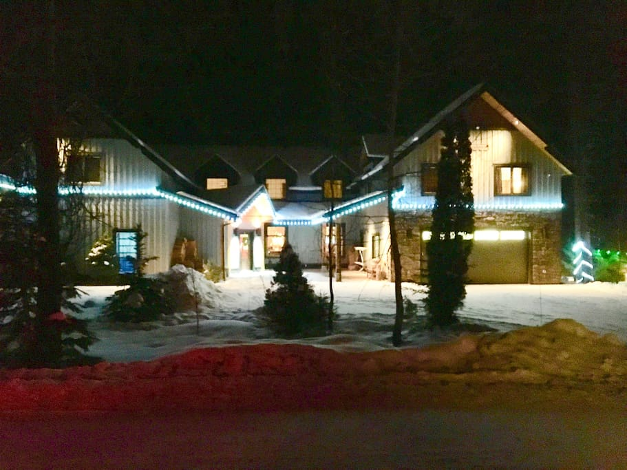 The house at night