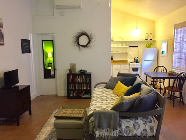 Quiet Uptown Carriage House - Nova Orleans - Apartamento
