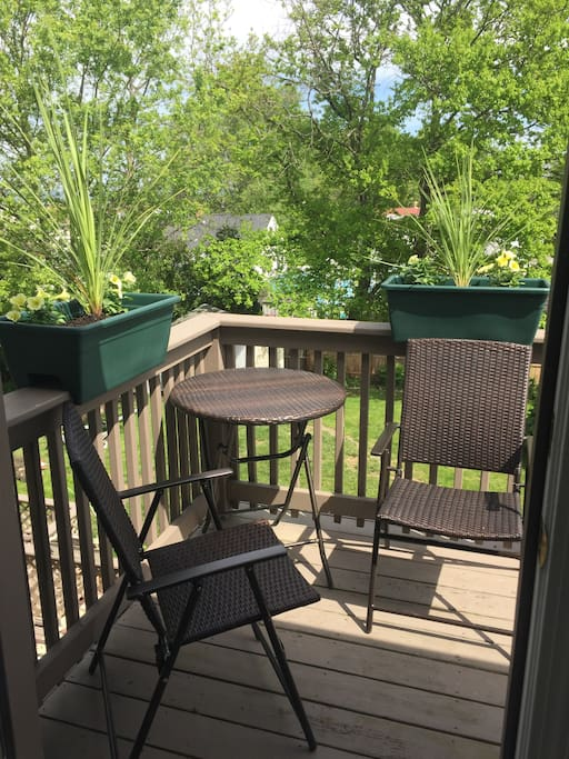 Small deck for two