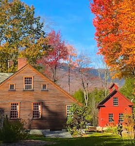 Old Mansfield Homestead in Stowe