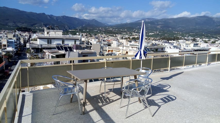 Over the roofs of the city - Kalamata - Apartamento