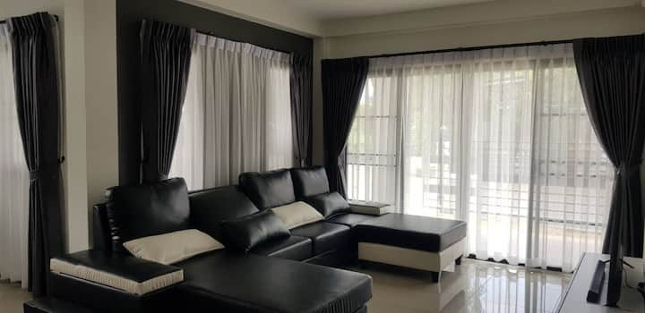 House For Rent Low Price  High Season in Chaingmai