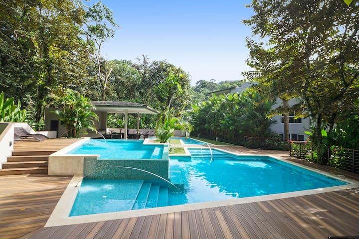 Elan Beachfront and Rainforest Luxury Condo