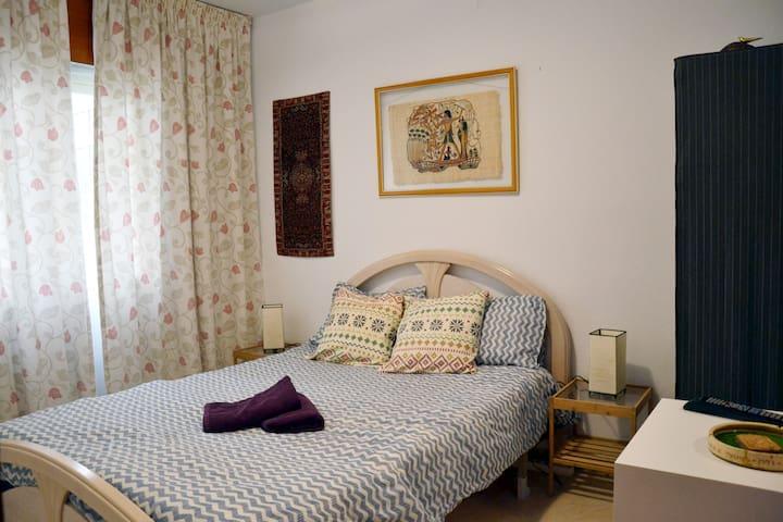 Nice room en marbella center