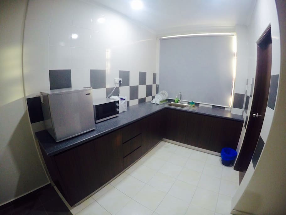 Wet kitchen.