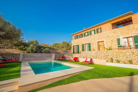 Sa Cabaneta ☼ Beautiful house with pool and Wi-Fi