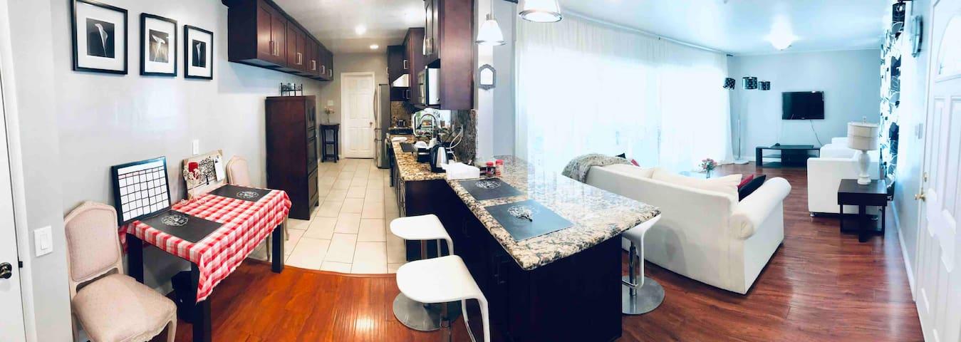 Comfy & Quiet 5BD/3BA (NO Landlord) House Near ONT