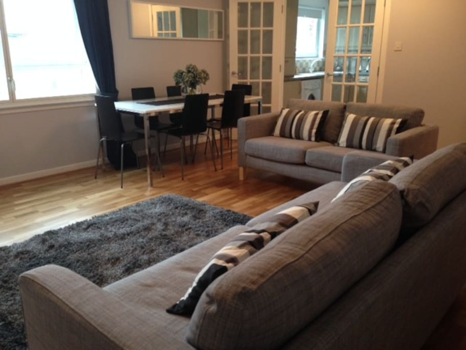 Two bedroom serviced apartment 2 apartments for rent for Beds east kilbride