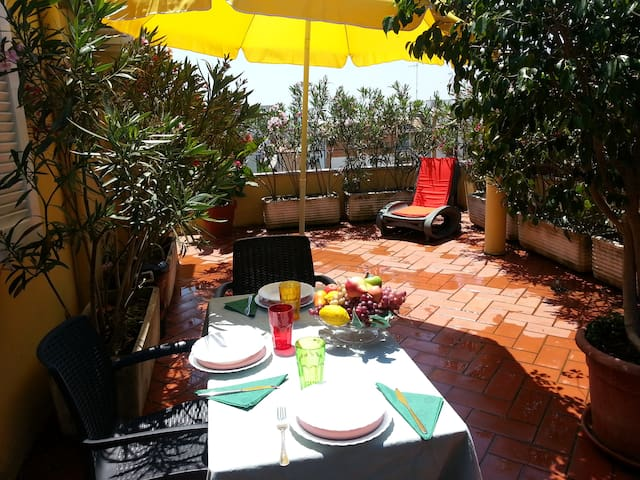 Lovely penthouse with terrace - Formia - Appartement