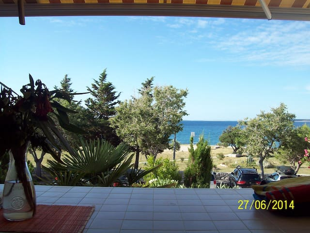 Apartment just 50 m from the beach - Gajac - Appartement