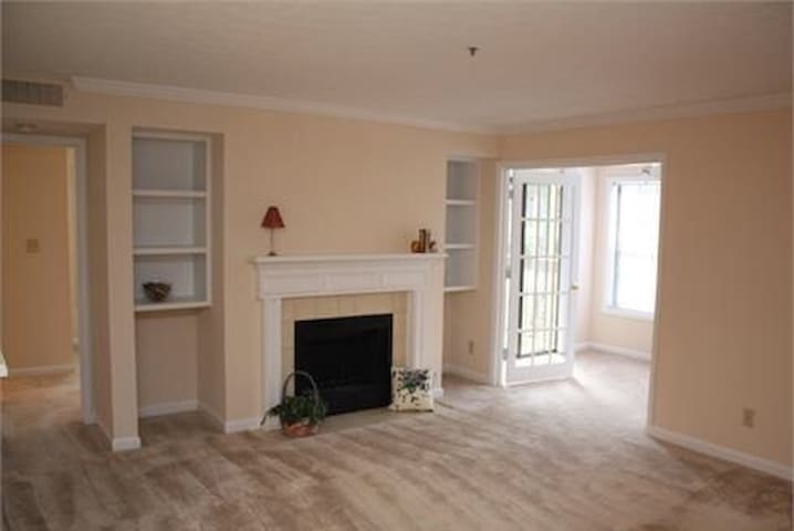 Great For A Business Stay or Quick Weekend Getaway - Smyrna - Apartment