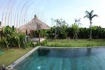 4 BDR-Villa 10mn from Echo Beach - Mengwi - Villa