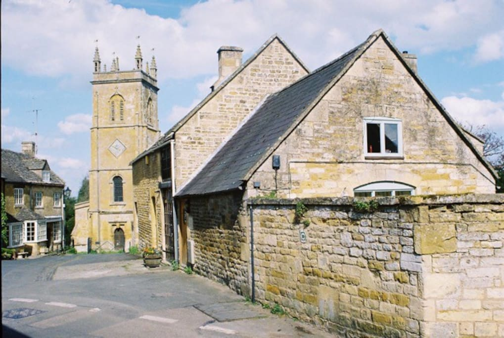 The Square in Blockley -cottage in foreground - private terrace