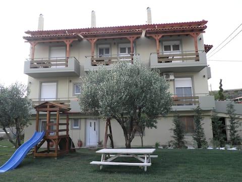 Eλιά Villa  Κάντε το Σπίτι των Διακοπών Σπίτι σας!