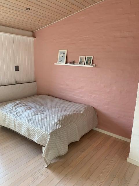 Dejligt dobbeltværelse i Give