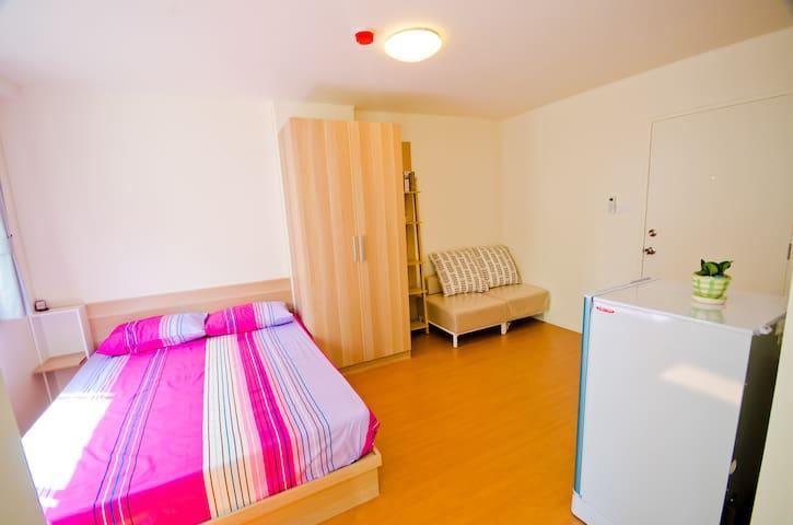ห้องว่างแสนสะดวกในสภาพแวดล้อมที่ดีและปลอดภัย - ชลบุรี - Apartment