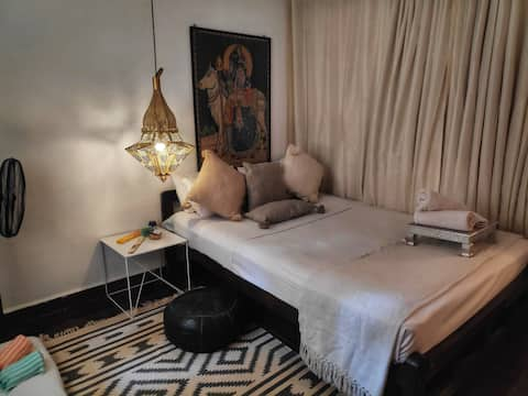 The Parvati Room Near The Beach