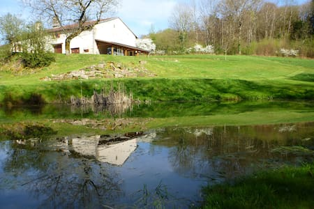 gerestaureerde boerderij  1672
