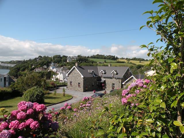 DOUBLE ROOM IN STUNNING LOCATION - Kinsale - Bed & Breakfast