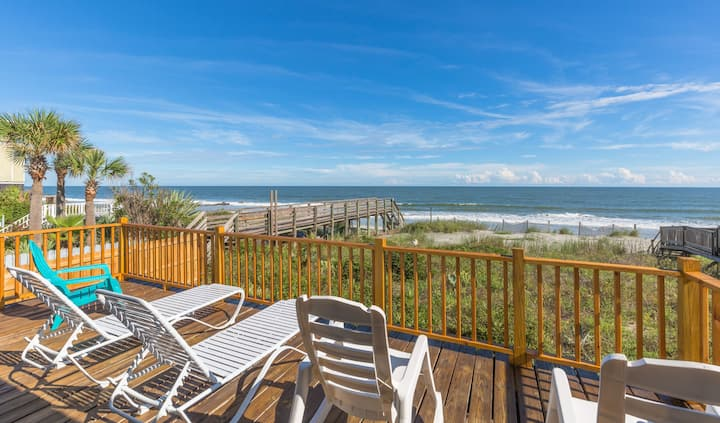 Updated Oceanfront w/ Deck & Grill, Steps to Beach