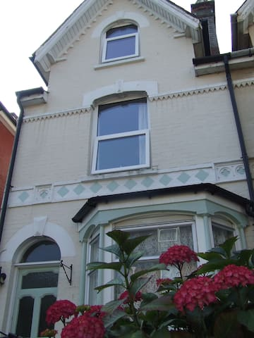 Siesta -South facing Double Room - Cowes - Hus