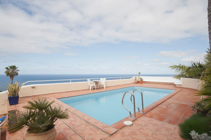 Private Pool, Garden & Terraces   - El Sauzal - Daire